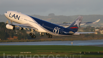 CC-CQA - Airbus A340-313X - LAN Airlines