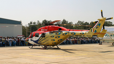 J4043 - Hindustan Aeronautics ALH Dhruv - India - Air Force