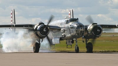 N1042B - North American B-25N Mitchell - Private