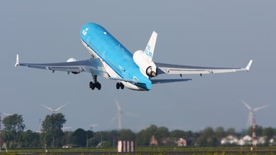 PH-KCE - McDonnell Douglas MD-11 - KLM Royal Dutch Airlines