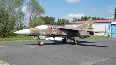 2425 - Mikoyan-Gurevich MiG-23 Flogger - Private
