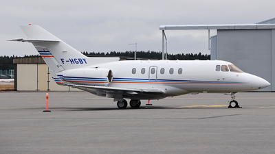 F-HGBY - Hawker Beechcraft 900XP - Private