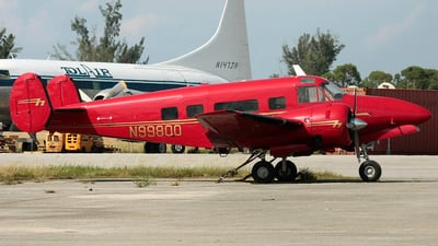 N99800 - Beech H18 - Private