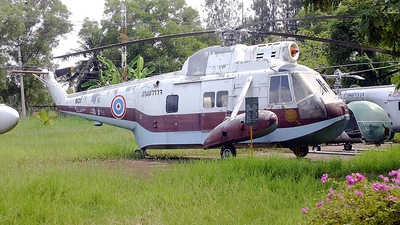801 - Sikorsky S-62A - Thailand - Royal Thai Police Wing