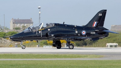 XX319 - British Aerospace Hawk T.1 - United Kingdom - Royal Air Force (RAF)