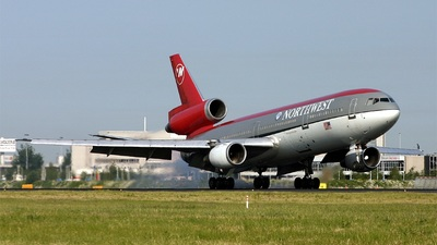 N233NW - McDonnell Douglas DC-10-30 - Northwest Airlines