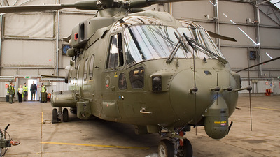 ZJ125 - Agusta-Westland Merlin HC.3 - United Kingdom - Royal Air Force (RAF)