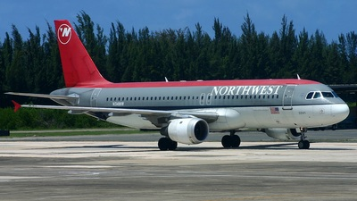 N341NW - Airbus A320-212 - Northwest Airlines