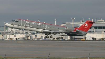 N8580A - Bombardier CRJ-200ER - Northwest Jet Airlink (Pinnacle Airlines)