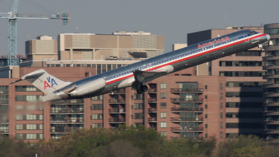N245AA - McDonnell Douglas MD-82 - American Airlines