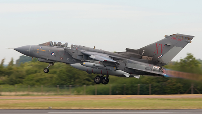 ZA549 - Panavia Tornado GR.4 - United Kingdom - Royal Air Force (RAF)