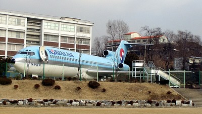 HL7350 - Boeing 727-281 - Korean Air