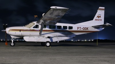 PT-OGK - Cessna 208 Caravan - Abaeté Táxi Aéreo