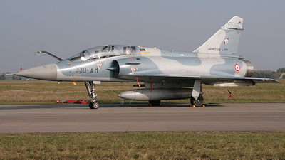 525 - Dassault Mirage 2000B - France - Air Force