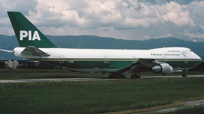 AP-AYW - Boeing 747-282B - Pakistan International Airlines (PIA)
