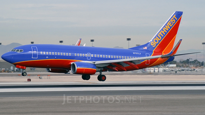 N757LV - Boeing 737-7H4 - Southwest Airlines