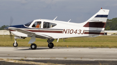 N1043J - Rockwell Commander 112 - Private