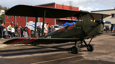 LN-MAX - deHavilland DH-82A Tiger Moth - Private