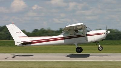 A picture of N93078 - Cessna 152 - [15285391] - © J. Scott Gerken