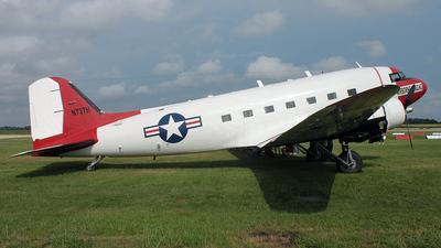 N737H - Douglas DC-3 - Private