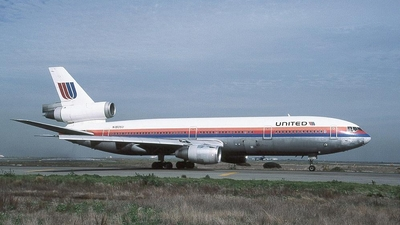 N1805U - McDonnell Douglas DC-10-10 - United Airlines