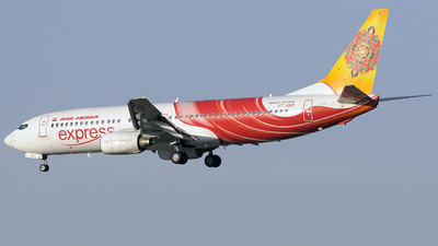 VT-AXB - Boeing 737-8BK - Air India Express