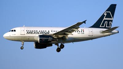 XA-UBW - Airbus A318-111 - Mexicana