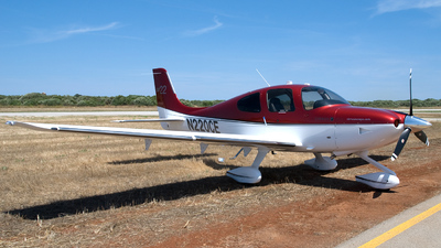 A picture of N220CE -  - [] - © Brian Whitelegg
