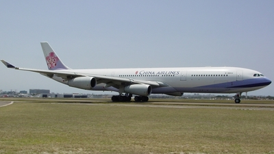 B-18802 - Airbus A340-313X - China Airlines