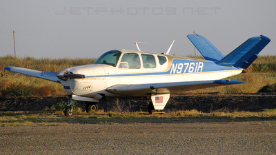 N9761R - Beechcraft M35 Bonanza - Private