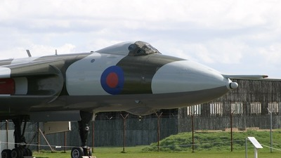 XM597 - Avro 698 Vulcan B.2 - United Kingdom - Royal Air Force (RAF)