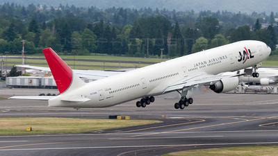N1794B - Boeing 777-346ER - Japan Airlines (JAL)