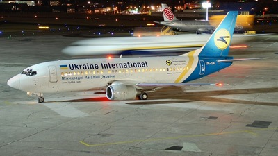 UR-GAL - Boeing 737-341 - Ukraine International Airlines
