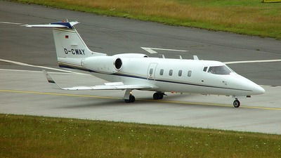 D-CWAY - Bombardier Learjet 55 - Cirrus Aviation