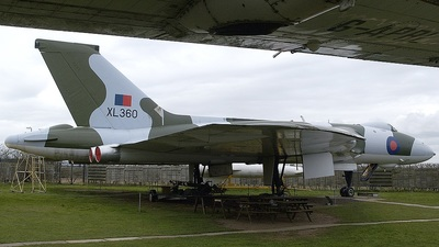 XL360 - Avro 698 Vulcan B.2A - United Kingdom - Royal Air Force (RAF)
