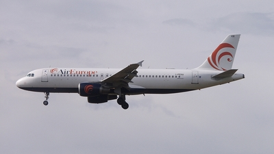 I-PEKH - Airbus A320-214 - Air Europe SpA