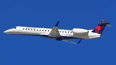 N11176 - Embraer ERJ-145XR - Delta Connection (ExpressJet Airlines)