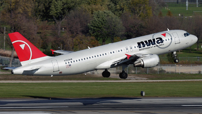 N353NW - Airbus A320-212 - Northwest Airlines
