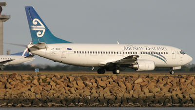 ZK-NGC - Boeing 737-36Q - Air New Zealand