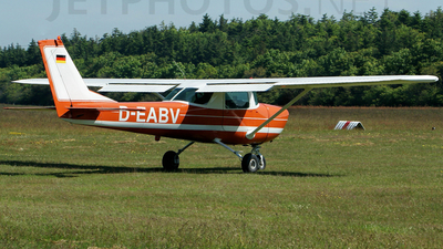 D-EABV - Cessna 150 - Private