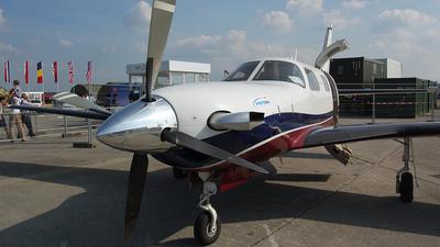 OK-FLT - Piper PA-46-500TP Malibu Meridian - Private