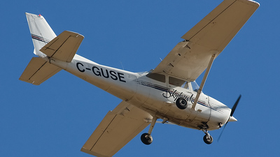A picture of CGUSE - Cessna 172N Skyhawk - [17271915] - © Philippe Clairo