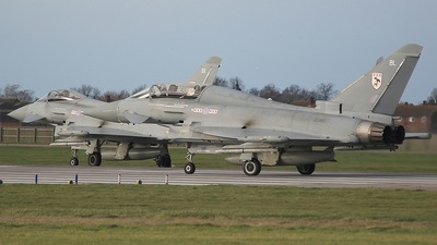 ZJ813 - Eurofighter Typhoon T.1 - United Kingdom - Royal Air Force (RAF)