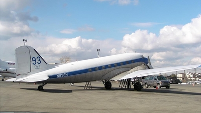 N932H - Douglas DC-3 - Miami Valley Aviation