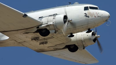 N151ZE - Douglas DC-3 - Commemorative Air Force