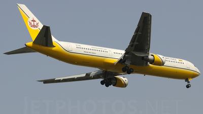 V8-RBL - Boeing 767-33A(ER) - Royal Brunei Airlines