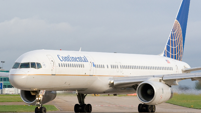 N17122 - Boeing 757-224 - Continental Airlines