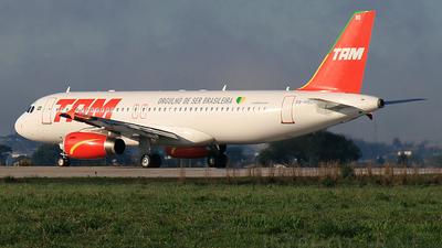 PR-MBD - Airbus A320-232 - TAM Linhas Aéreas