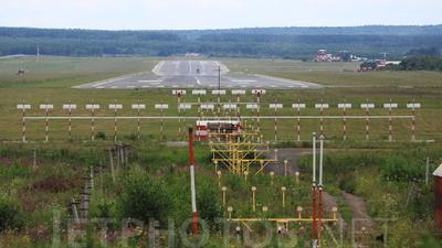 UNKL - Airport - Runway