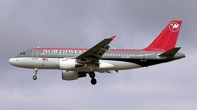 N327NB - Airbus A319-114 - Northwest Airlines